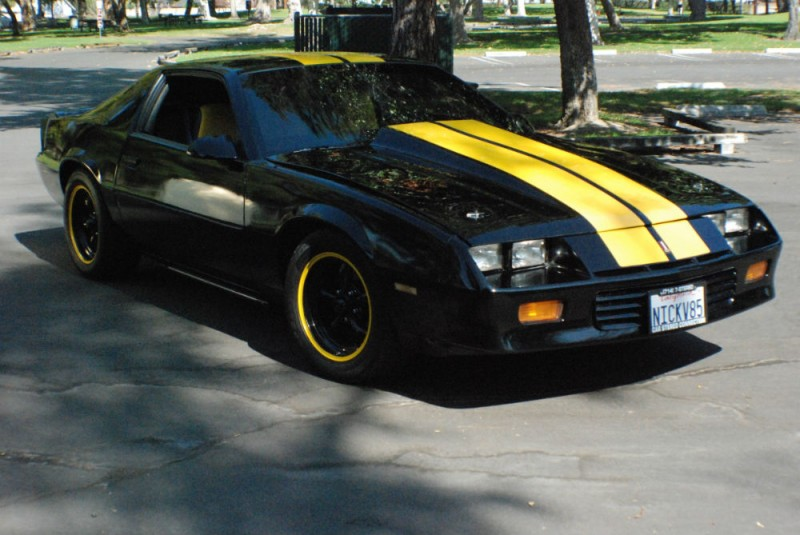 Bumblebee Retromod 85 Camaro With 1000 Miles On New High Performance